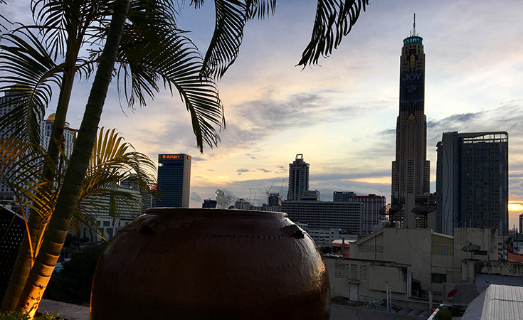 tips rooftop bar bangkok